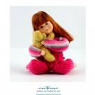 Maja mit Teddy